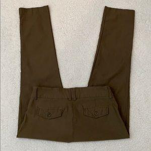 Active USA Army Green Stretch Slim Capri Pants